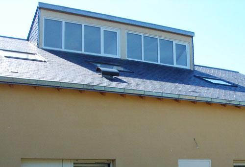 Vitres bureau fumées et teinte de protection solaire bâtiment à Blois(41)