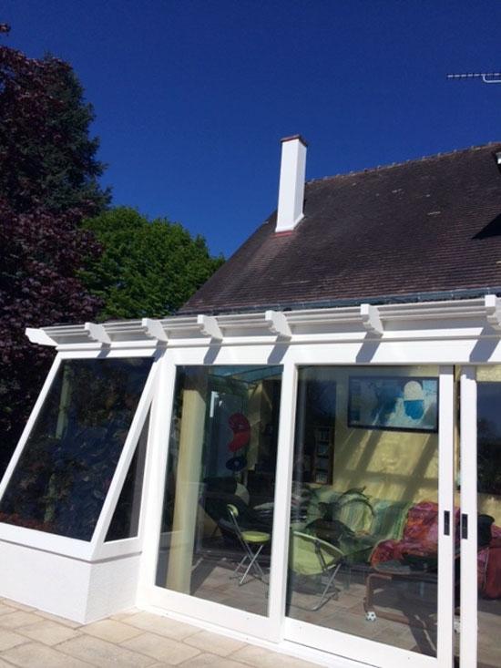 Vitres bureau fumées et teinte de protection solaire bâtiment à La Chaussée-Saint-Victor(41)