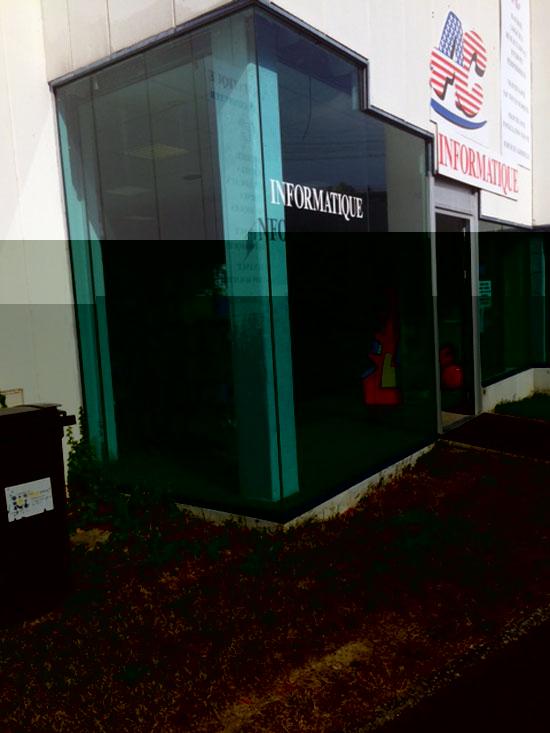 Vitres bureau fumées et teinte de protection solaire bâtiment à Montrichard(41)