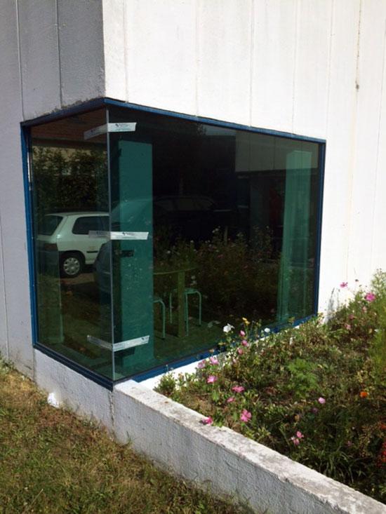 Vitres bureau fumées et teinte de protection solaire bâtiment à Saint-Gervais-la-Forêt(41)